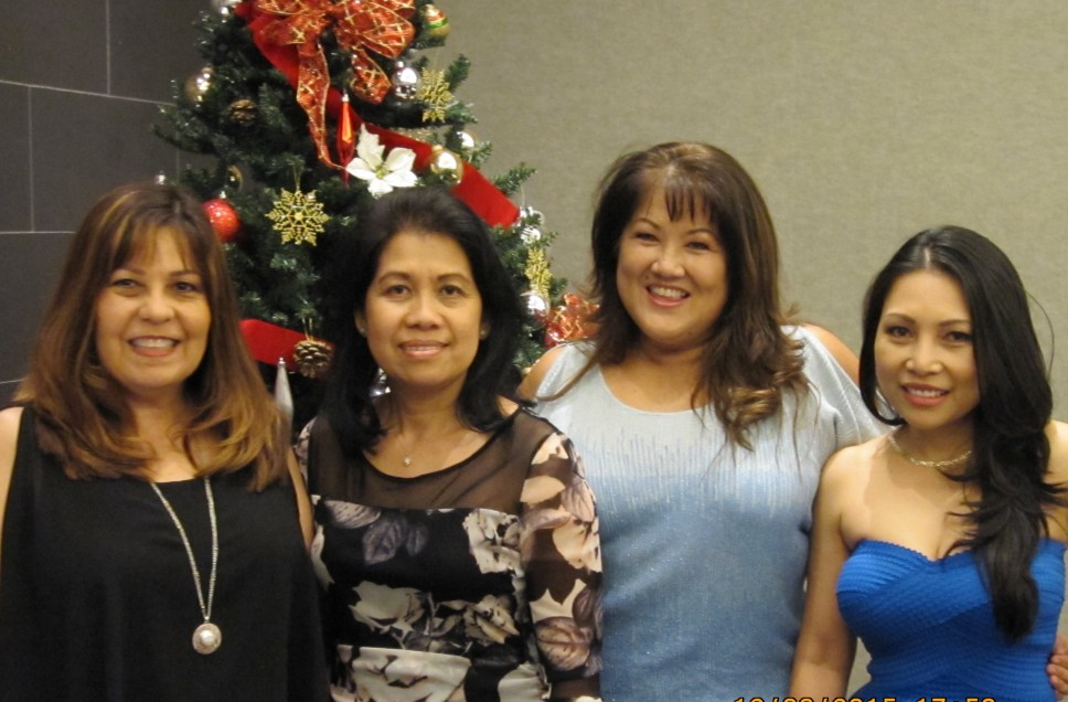 photo of Aiea Pearl City Dental Care Front office team members left to right Doreen Rechie Venice Vilma